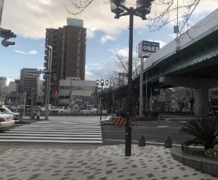 柳橋の信号もまっすぐ通過します。